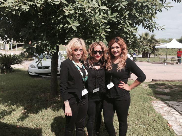 Girls of Raw Mer, Anna,Nise