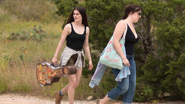 'La Barracuda': Film Review | SXSW 2017  Allison Tolman and Sophie Reid play half-sisters who connect via their late country musician father in 'La Barracuda' a suspenseful ballad about shared bloodlines and the simmering rage of exclusion.  read more