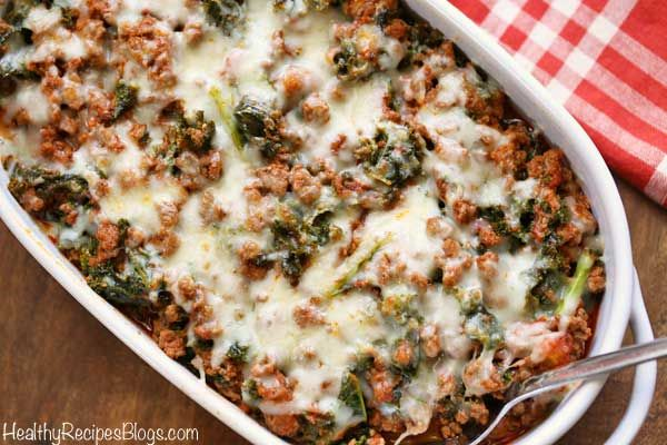 Deliciously Cheesy Ground Beef And Kale Casserole Is Flavored With Tomato Sauce Garlic And Oreg Ground Beef Casserole Healthy Food Blogs Kale Recipes Healthy