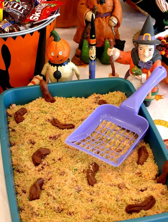 Kitty Litter Cake for Halloween. Looks gross, but tastes good. Freak out your friends from NoblePig.com