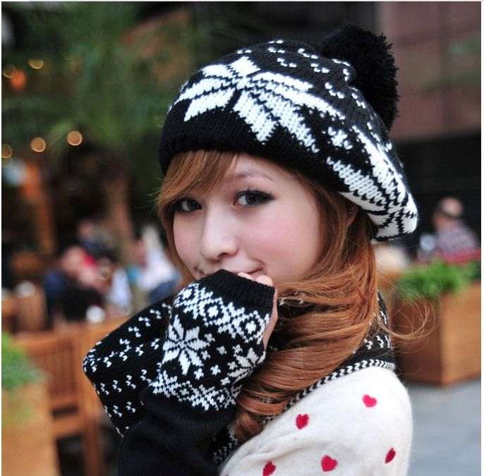 http://www.aliexpress.com/store/product/FREE-SHIPPING-1pieces-lot-Acrylic-girl-mittens-women-gloves-wholesale-Supreme-Korean-Mitten-for-women-Gloves/1024206_1511038154.html