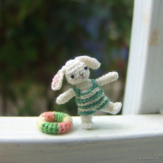 CROCHET PATTERN: Crochet Dollhouse, Amigurumi Doll, Miniature Doll ... | 571x570