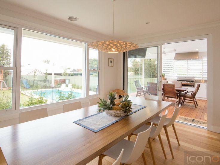 #diningroom #alfresco #pool #familyroom #roomwithaview #iconobuildingdesign #Australianhomes