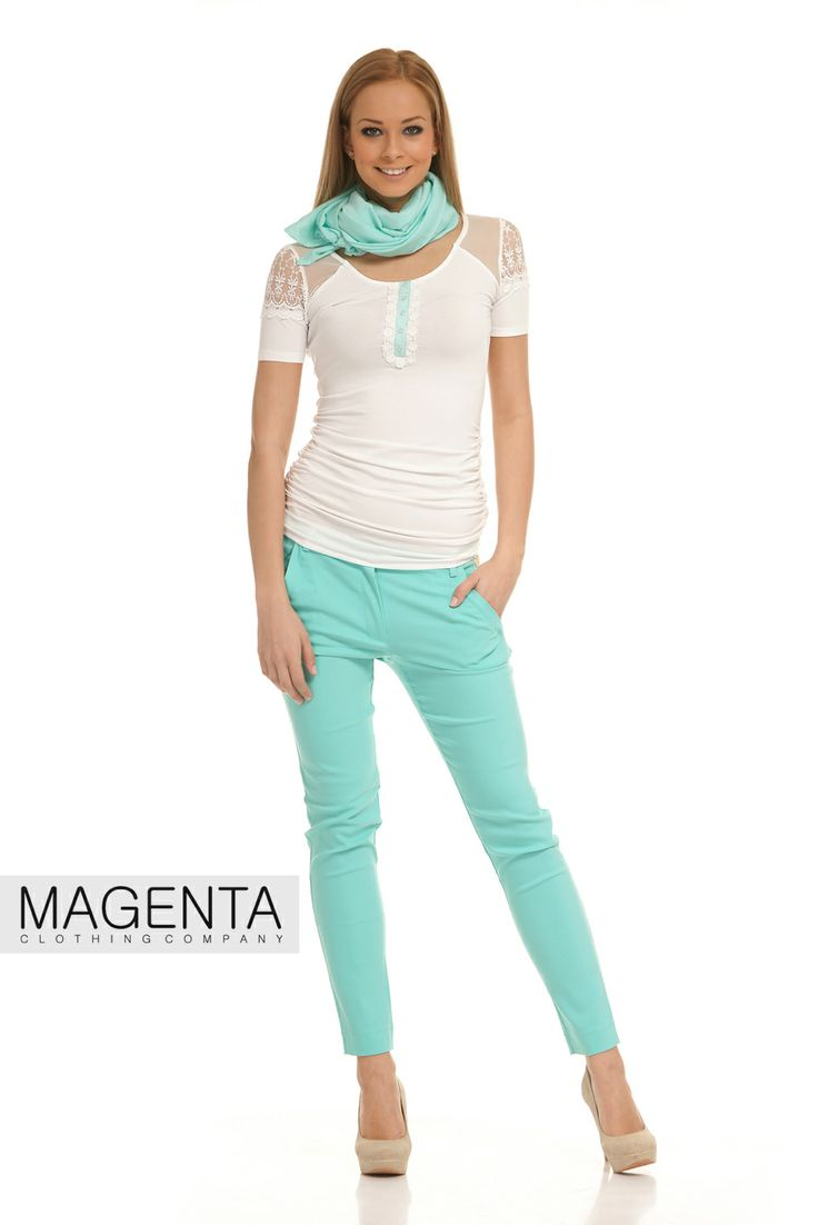 Viscose T-shirt with mint coloured trousers and scarf