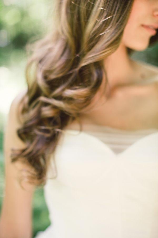 Brautfrisur gewelltes Haar