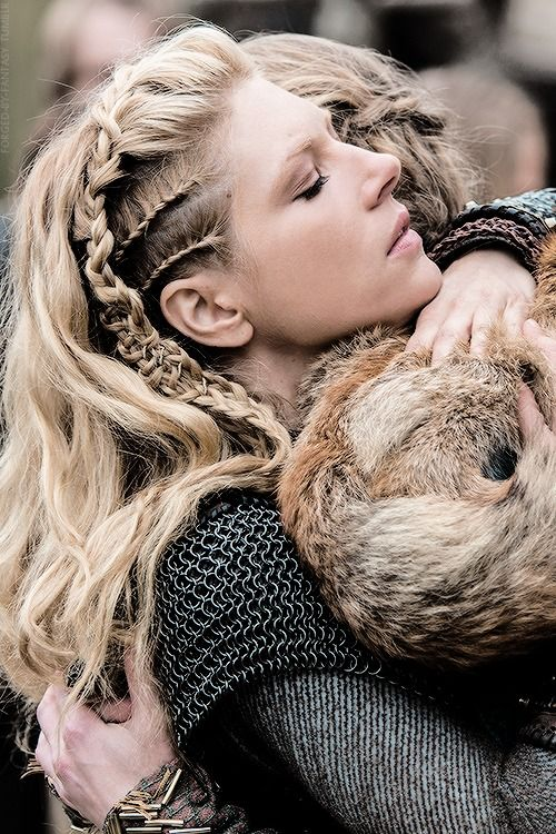 Lagertha's #Hair #Elf: I love the badass look of this hairstyle. Her hair evolution in every episode is amazing! She is also an amazing character!!