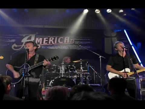 America - A horse with no name (Live)