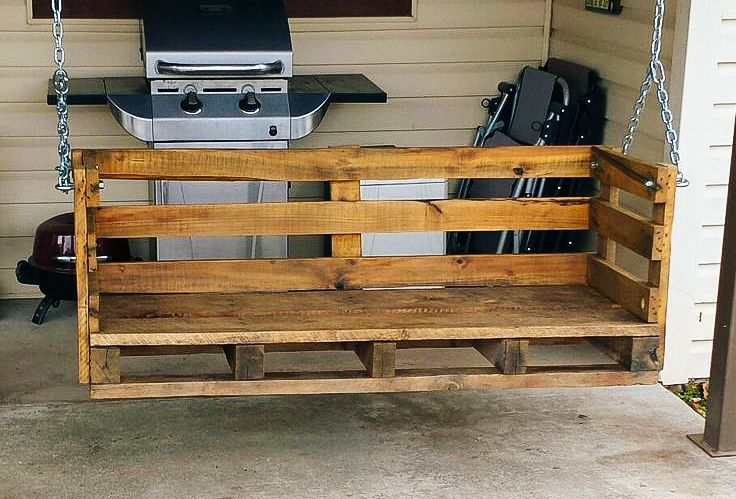 DIY Pallet Porch Swing: http://www.supercompressor.com/home/things-you-can-make-using-shipping-pallets-diy-wood-pallet-projects?utm_source=pinterest&utm_medium=social&utm_campaign=supercompressor