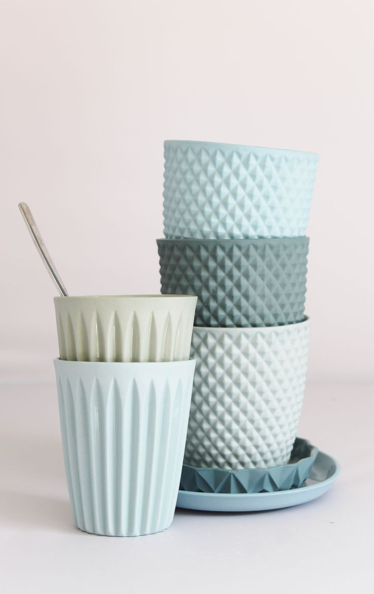 Verre en céramique via Goodmoods http://www.lennekewispelwey-shop.nl/a-40713197/fragile-opulence-coll/cup-squares/