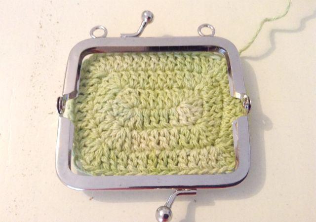 HandworkDIY: Base de monedero a crochet con boquilla a medida