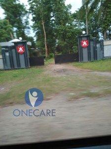 One Care Tembus Myanmar Salurkan Bantuan untuk Rohingya  KIBLAT.NET Sittwe  Hari Raya Idul Adha tak menyurutkan relawan One Care menyampaikan amanah donasi warga Indonesia untuk Muslim Rohingya. Tepat sehari sebelum hari raya Qurban Kamis 30 Agustus 2017 lembaga kemanusiaan ini berhasil memasuki Myanmar dan menyalurkan bantuan.  Dalam rilisnya yang diterima Kiblat.net pada Jumat (01/09) bantuan ini disalurkan kepada warga Rohingya yang mengungsi di Kota Sittwe Rohingya Barat. Kota ini dihuni…