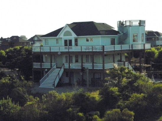 50 Best Outer Banks Vacation Rentals on VacationHomeRentals - House Rentals in Outer Banks, NC