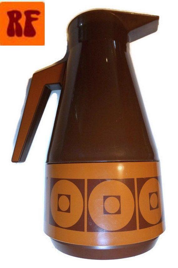 Vintage (1970s) vacuum flask bottle. Good condition.