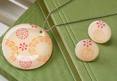 Fair Isle Necklace and Earrings using Shrinky Dinks and Dimensional Magic!