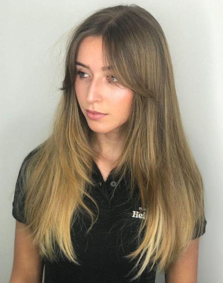 Inspirierende Lange Frisuren Mit Seitlichen Fransen Und Schichten Neue Haare Modelle Fransen Pony Frisur Seitenfransen Frisuren Ponyfrisuren