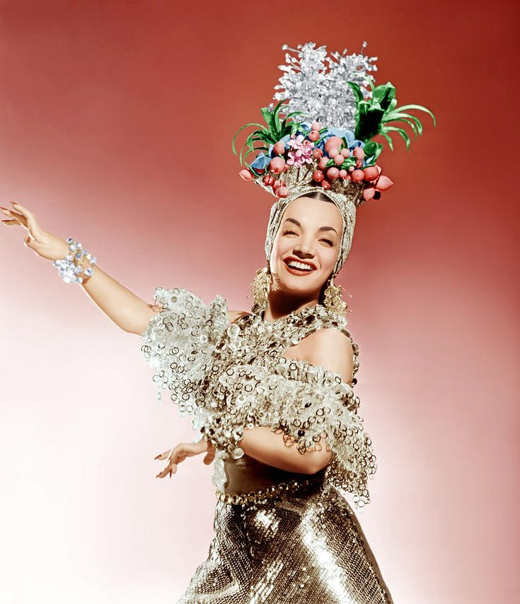 That Night In Rio, Carmen Miranda, 1941  LOVE THE GOLD LAME