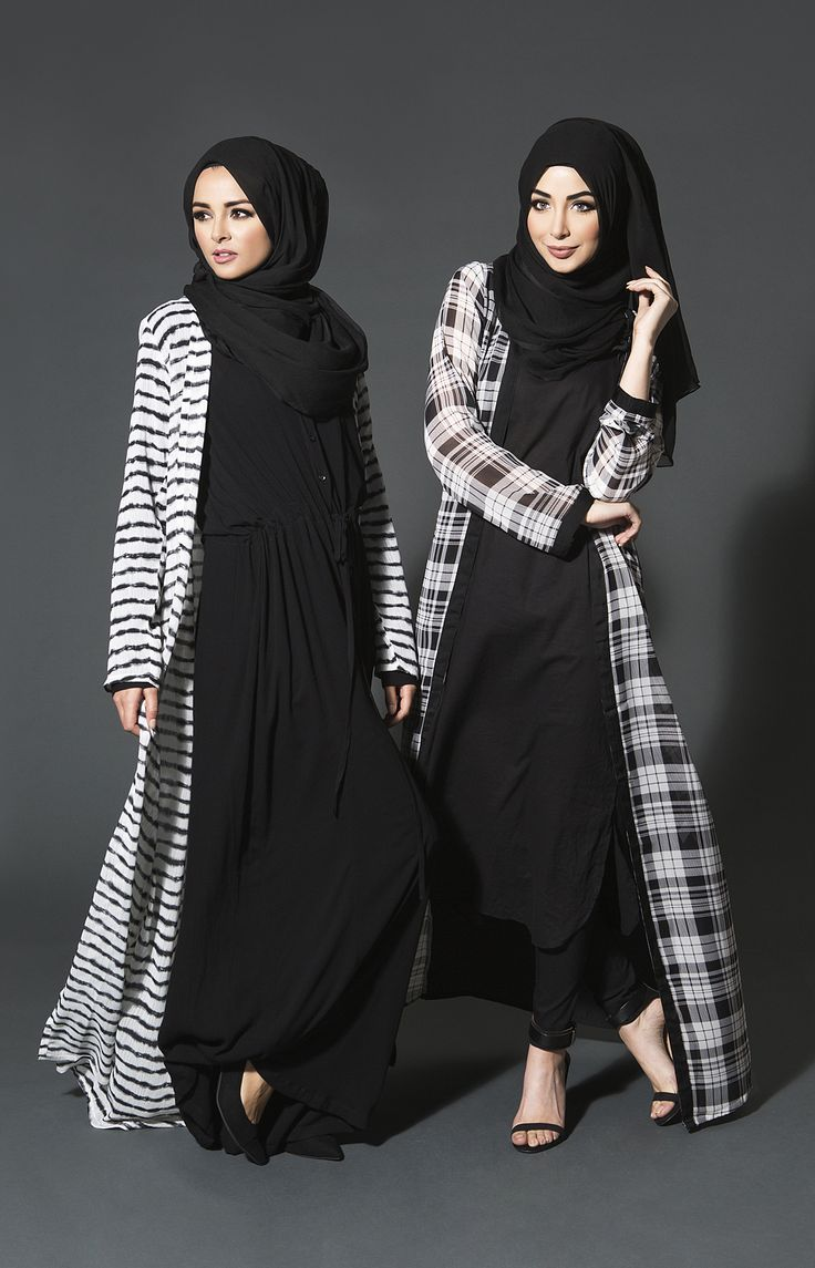 Hijab Fashion 2016/2017: A longline chequered Kimono with a monochrome effect available in 4 lengths and with loose fitting sleeves the ideal slip on over your casual everyday outfits. #monochrome #kimono #abaya #aabcollection #modestwear www.aabcollection