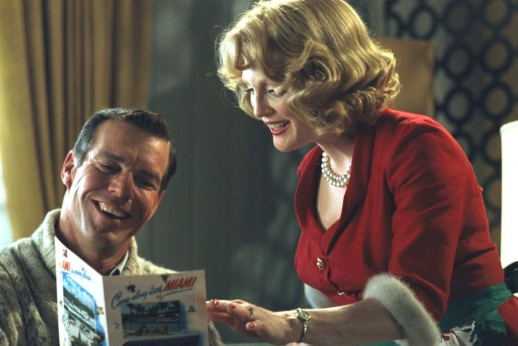 Dennis Quaid, Julianne Moore, 2002 | Essential Gay Themed Films To Watch, Far From Heaven http://gay-themed-films.com/far-from-heaven-film/
