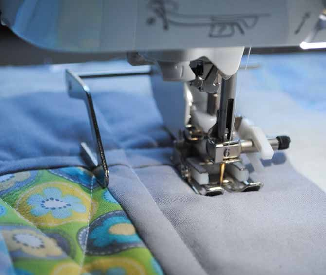 Jumpstart Your Free Motion Quilting On This Elephant Baby Quilt Free Motion Quilting Baby Quilts Quilting Guides