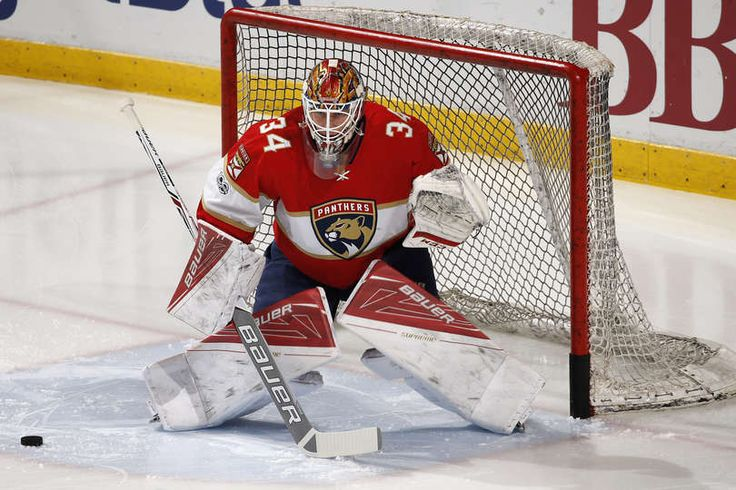SUNRISE, FL - JANUARY 7: Goaltender James Reimer #34 of the Florida Panthers warms up prior to the game against the Boston Bruins at the BB&T Center on January 7, 2017 in Sunrise, Florida. (Photo by Joel Auerbach/Getty Images)