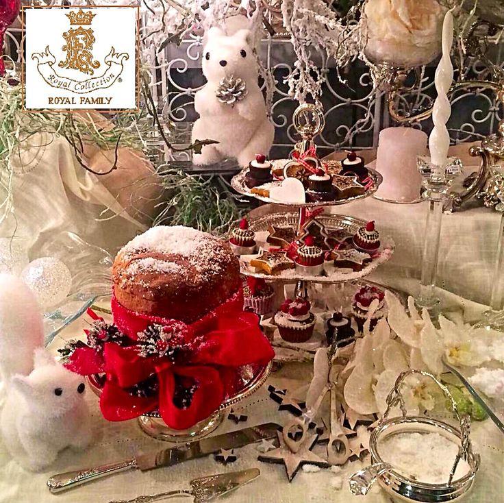 Per una splendida tavola di Natale fai risaltare il colore splendente dello Sheffield Royal Family con un tocco di rosso...