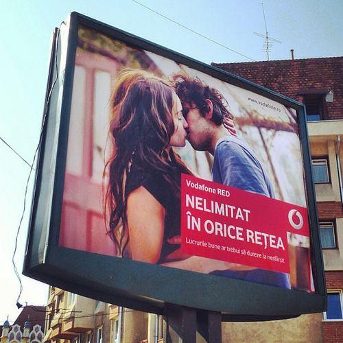 Vodafone advertising in Cluj-Napoca, Romania | Flickr – Condivisione di foto!