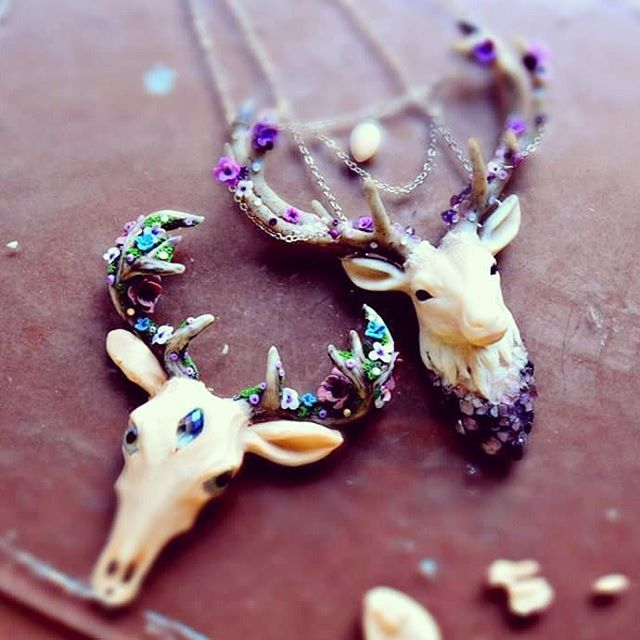 Polymer clay deer head pendant necklaces. So pretty.