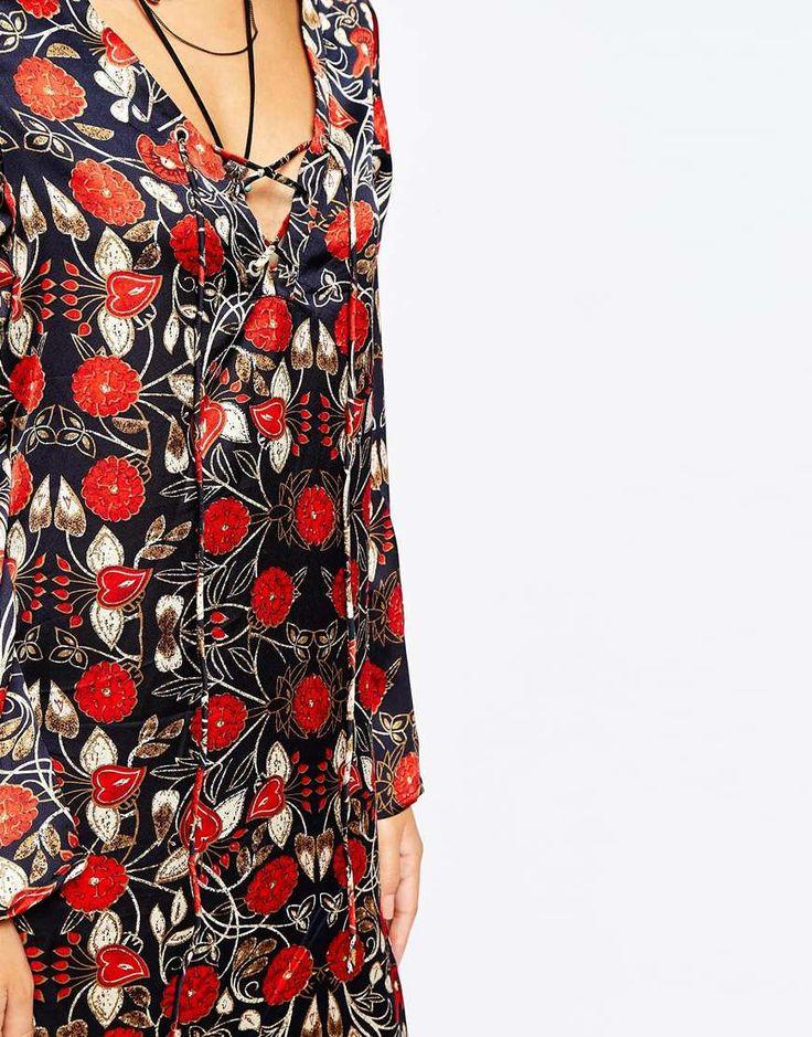Image 3 ofGlamorous Petite Tie Front Floral Print Maxi Dress