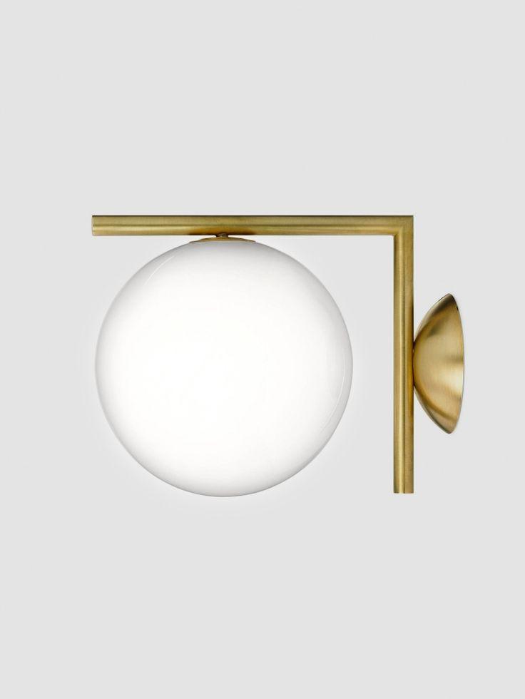 IC Lights är en serie lampor med formen av en sfär, perfekt balanserade på en stav. Inspirationen fick formgivaren Michael Anastassiades när han tittade på en jonglör som snurrade runt flera sfärer och flyttade runt dem på sina armar och fingrar. Hänförd av jonglörens skicklighet, ville Michael fånga detta och fram växte formen av IC Lights. IC Lights Ceiling/Wall går att montera både på väggen och i taket. Finns i två olika storlekar.