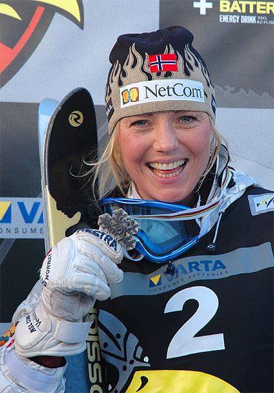 kari traa | Kari Traa tog silver i puckelpist i OS i Turin och guld i samma ...