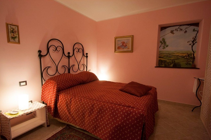 Camera Pettirosso - una romantica atmosfera    Robin Room - for romantic night