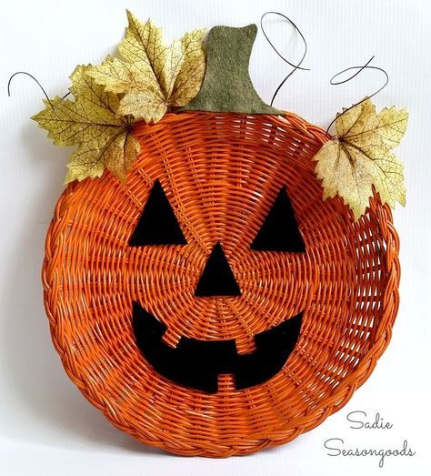 Wicker Paper Plate Holder Jack-o-Lantern Door Hanger