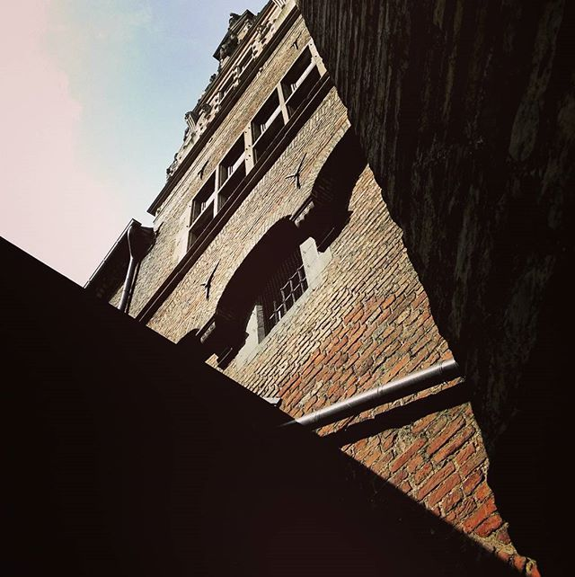 Don't look back, look up and admire architecture in Gdansk! #Gdansk #ilovegdn