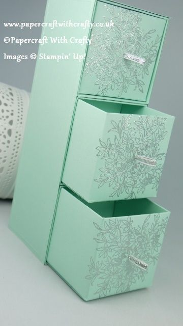 Well with a snow flake theme - I had to call this project my Ice Cube Box !! This beautiful sturdy little project can be used ...