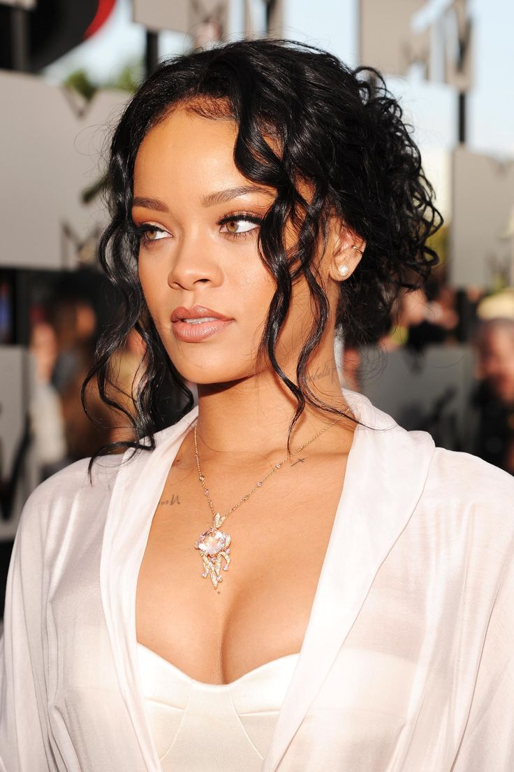 Rihanna's Most Iconic Hair Appears