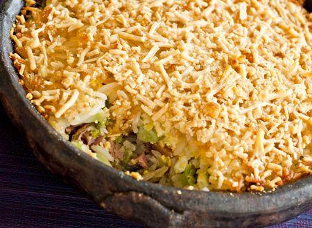 Receita Dedo de Moça: Arroz de forno com linguiça, brócolis, ovos e azeitonas
