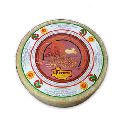 Queso Pecorino Toscano. Queso italiano de oveja con denominación de origen protegida europea. De suave a intenso dependiendo de su maduración