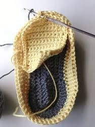 free crochet baby shoes patterns - Google Search