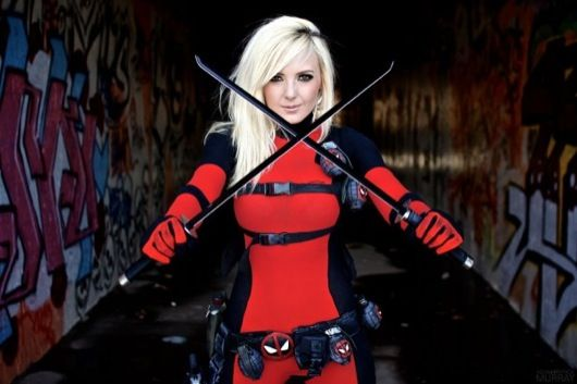 Female Deadpool Cosplay-Fireball_Tim