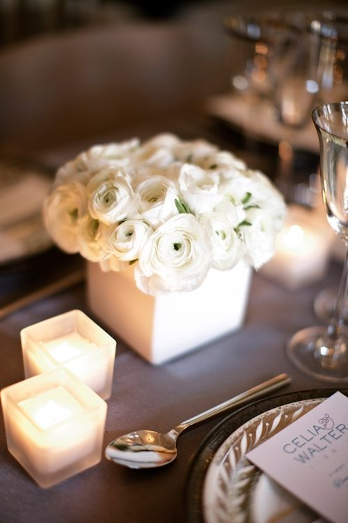 White ranunculus Winter wedding centerpieces ideas,white wedding flower centerpieces ideas