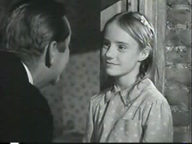 James Dunn and Peggy Ann Garner in A Tree Grows in Brooklyn (1945), dir. Elia Kazan