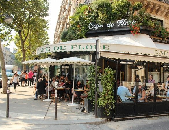 Cafe de Flore/ Saint-Germain-des-Pres, Paris