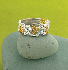 wiccan wedding rings trinity knot shamrock ring gracefully radiant distinctly irish airy - Wiccan Wedding Rings