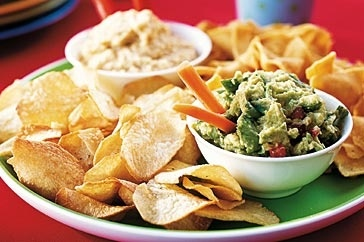 This hummus dip tastes fantastic with vegetable sticks or even spread on small toasted breads.