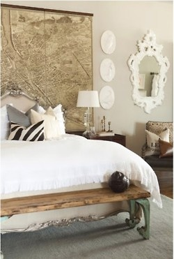 white bedding - vintage style bedroom - shabby chic feeling