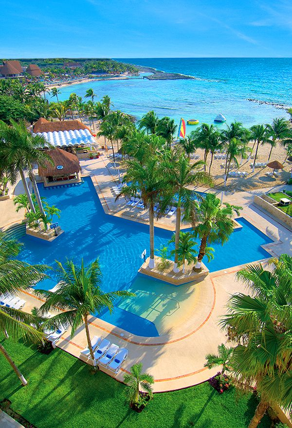Dreams Resort in Riviera Maya. What are you waiting for? #Vacation #Paradise