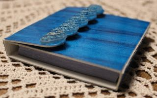 Resin Crafts: Resin Covered Post it Note Holder