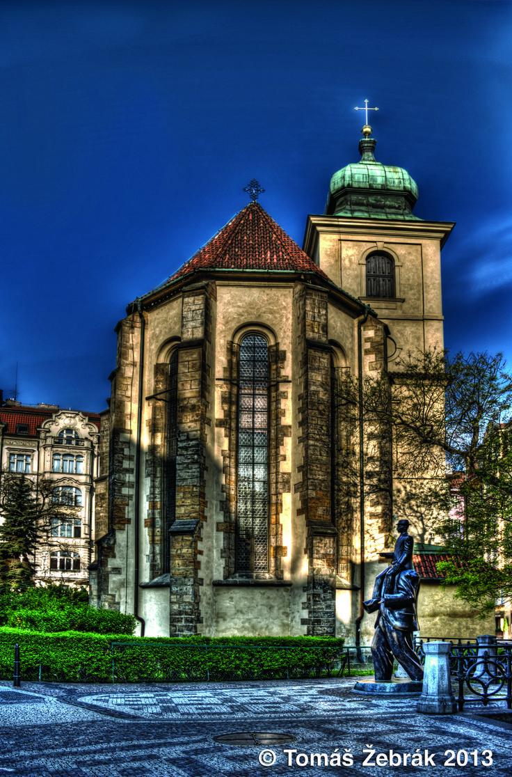 Kostel U Sv. Ducha - Chlupatý duch zde rdousí lehké děvy!!!