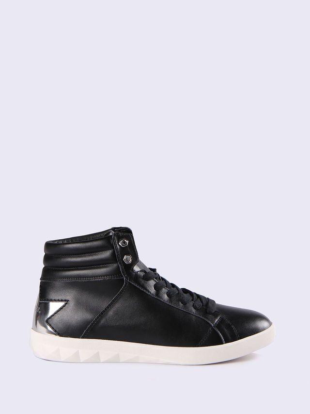 Y01572_PR874_H1145_F.jpg (640×853). Diesel ShoesGamingColourSneakersShoe  GameShopsFootwearTennis SneakersVideogames