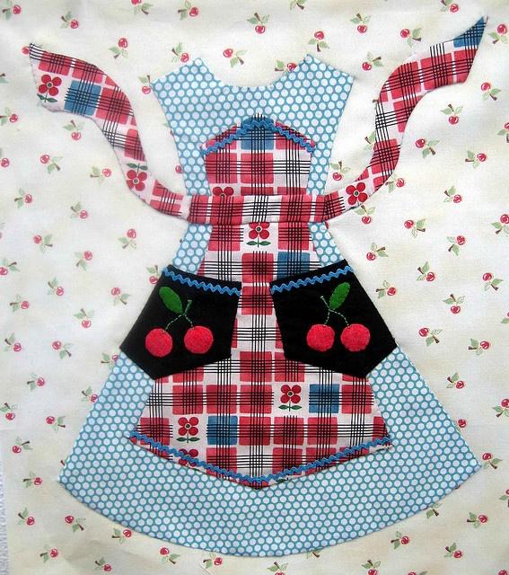 Apron quilt block... a Lori Holt pattern A is for Applique... Pinterest Quilt blocks ...